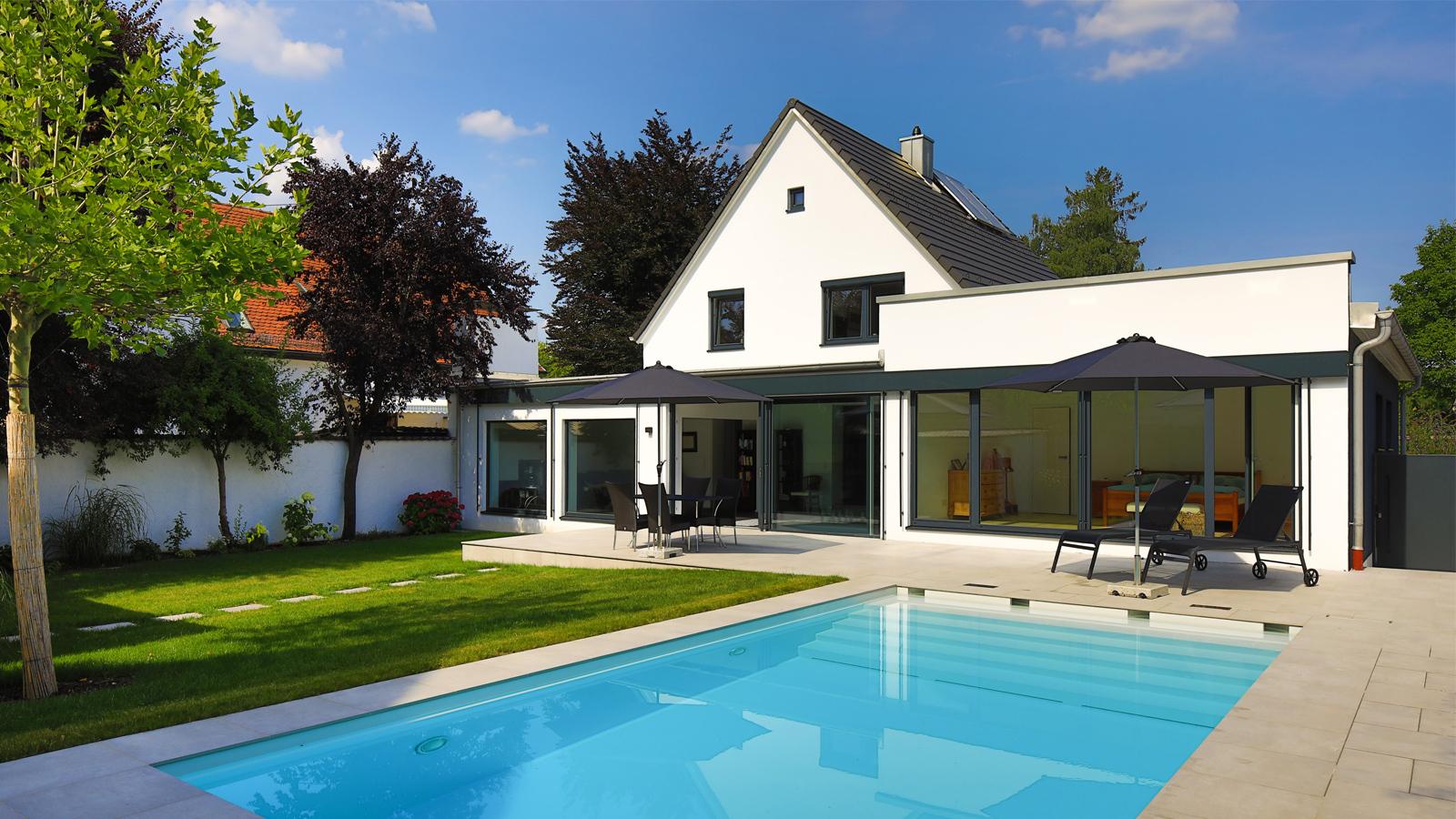 Pool_Wohnhaussanierung_Slider