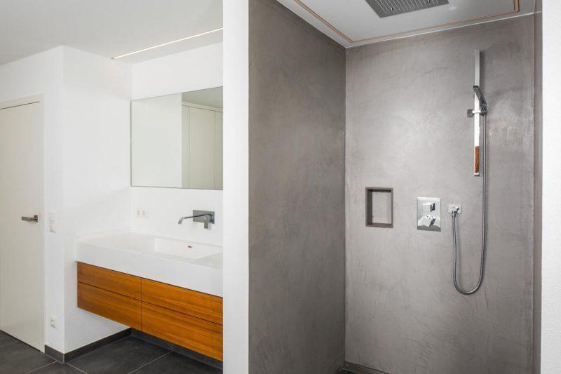 Betondusche_Wohnhaussanierung_Vierzueins_Design